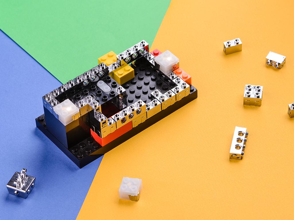 Brixo-lego-objet-connecte
